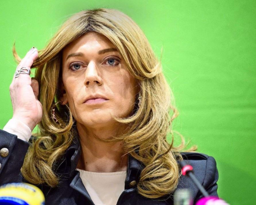 Στη Μπούντεσταγκ η πρώτη τρανσέξουαλ βουλευτής. Η Τέσσα Γκανσερέρ των Πρασίνων κέρδισε στη Βαυαρία