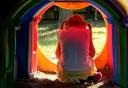 Με νοητική υστέρηση φέρεται η μητέρα αλλά και η 8χρονη που έπεσε θύμα βιασμού στη Ρόδο. Τι έδειξε η ιατροδικαστική εξέταση