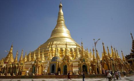 pagoda din RAngoon