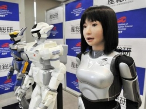 robotii umani