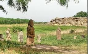 Maiestuos si singuratic, Mormantul de Piatra, Kamyana Mohyla, se afla amplasat langa Melitopol, Zaporozhye, Ucraina.