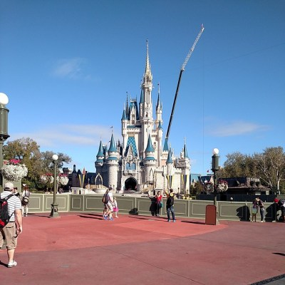 Walt Disney World Vacation: Day 1, Magic Kingdom {Sunday} #SchultzDisneyTrip