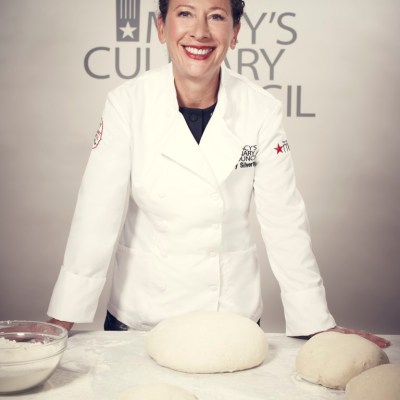 Macy's Culinary Council with Stephanie Izard and Nancy Silverton – Cooking Demonstration on State Street