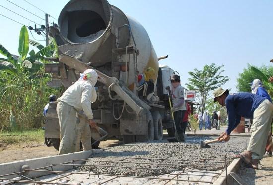 pembangunan jalan beton