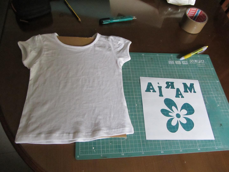Pintar una camiseta con ceras de coloresCustom colored