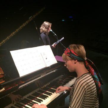 Noémie nous raconte le piano à la MJC…