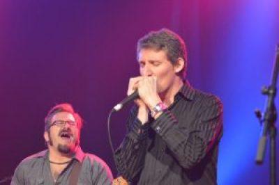 concert-moot-davis