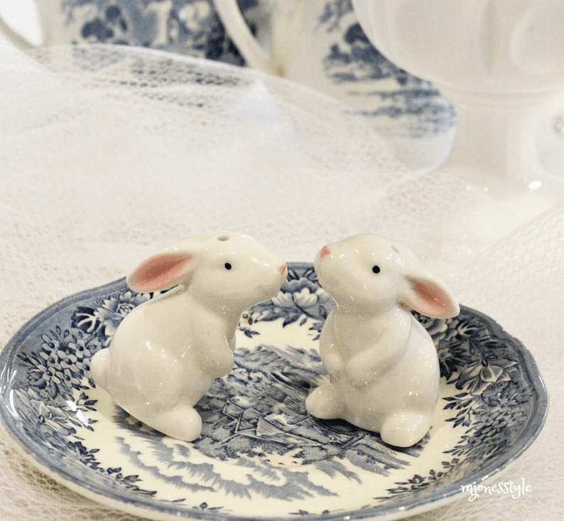 #bunnysaltandpeppershakers