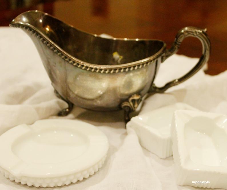 #milkglassashtrays #silvergravybowl