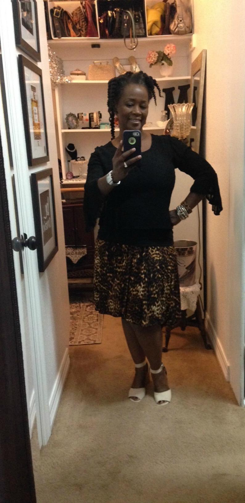 #leopardprintskirt #lacebellsleeveshirt