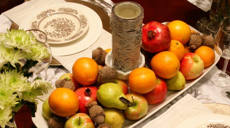 #rustictablescape #fruitcenterpiece