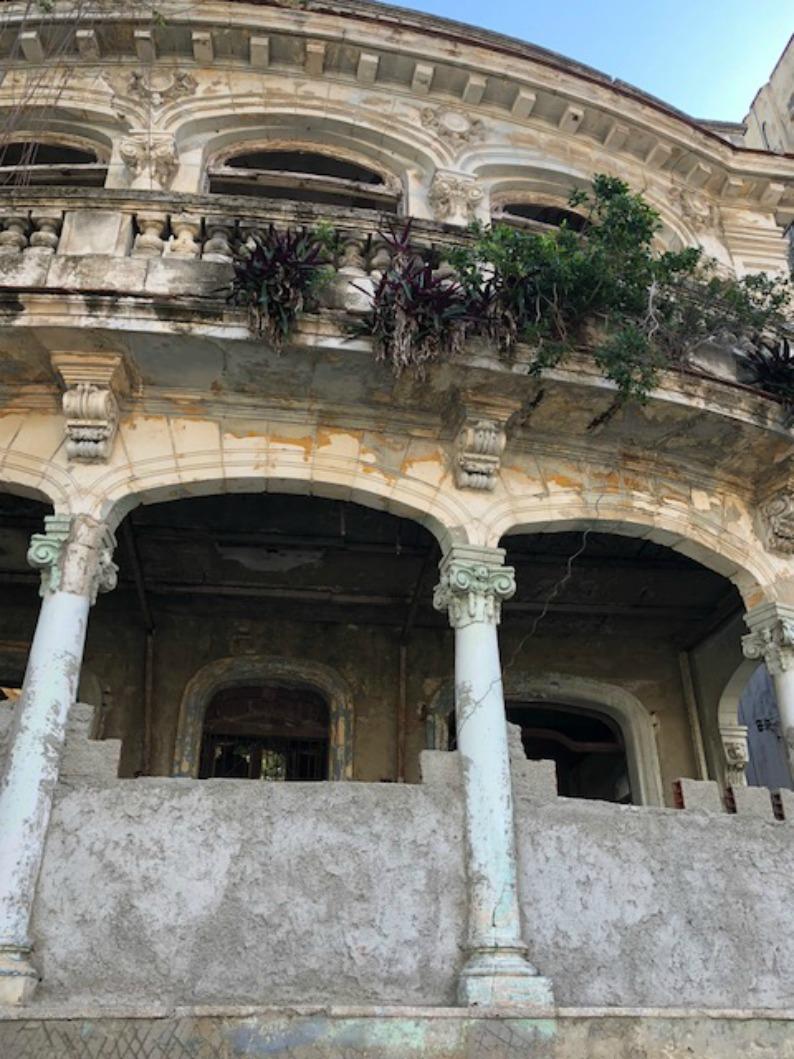 #havanacuba #mjonesstyle #cubanarchitecture