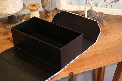 バーバリー柄の道具箱深タイプ内側