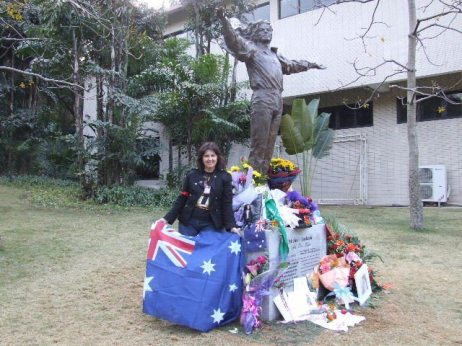 MJ_statue_China_Kerry_Hennigan_2011_03