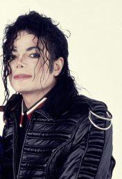 Michael-Jackson-Talks-To-Oprah-Photoshoot-michael-jackson-19698486-877-1280