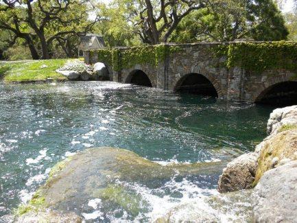 Neverland-Ranch-michael-jackson-in-neverlands-kingdom-26021629-912-684
