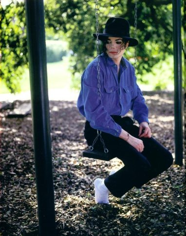 various-photoshoots-harry-benson-photoshoots-michael-jackson-7422988-948-1200