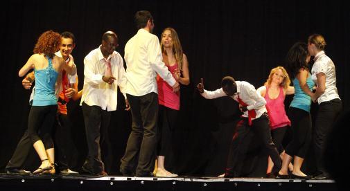 Gala 2011 - MK Dance Studio Pontault-Combault 77 (15)-min