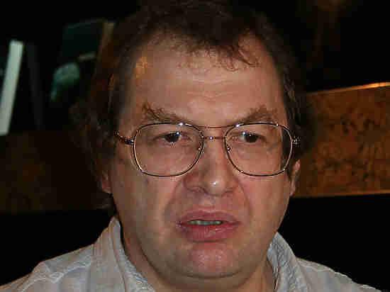 """No hospital de Moscou, o ex-chefe do """"MMM"""" Sergey Mavrodi"""