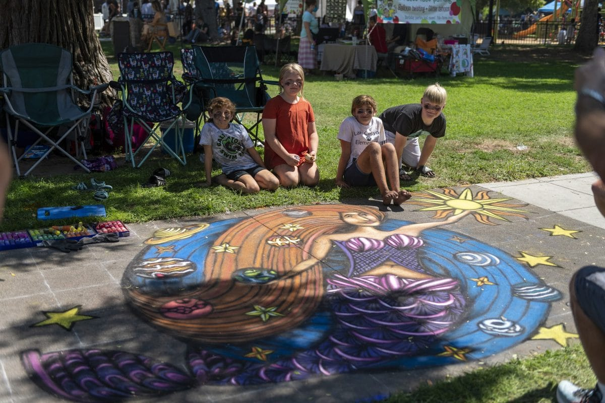 The chalk it up sacramento art festival: an artist's perspective 6 apart from drawing hop-scotch squares as a child, i had zero experience creating chalk art before participating in this year's chalk it up festival in sacramento.