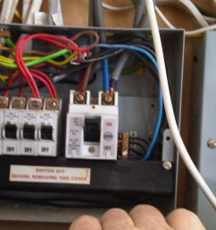 boat fuse panel uk wiring diagram centre wiring a fuse box rcd wiring a fuse box [ 1696 x 1272 Pixel ]