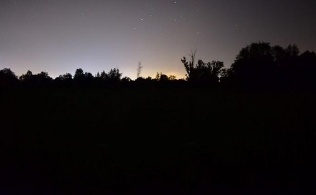 Odrzykoń, ul. Łęgowa nocą