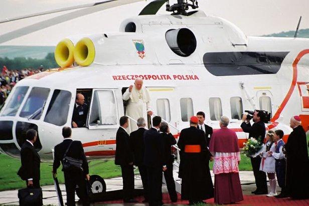 Papież Jan Paweł II lądowanie w Targowiskach