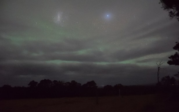 Airglow and Large Magellan Cloud seen from Western Australia