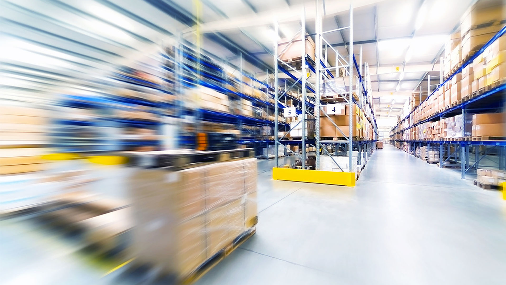 TPLUS recrutement logistique et BTP