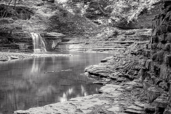 MLCreations Photography: Buttermilk Falls &emdash; Meander