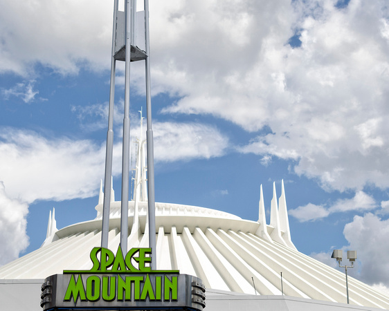 MLCreations Photography: Blog Post Related &emdash; Space Mountain