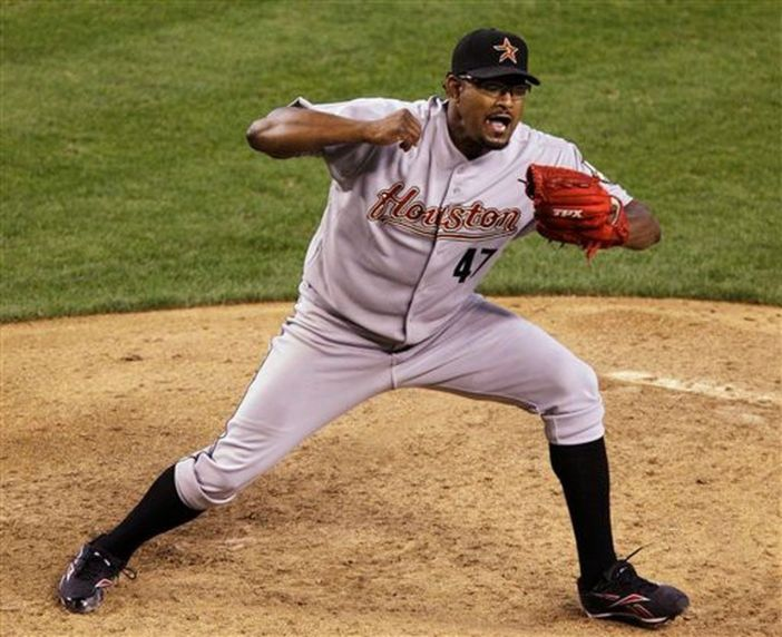 Report: Tigers sign reliever Jose Valverde to two-year deal ...