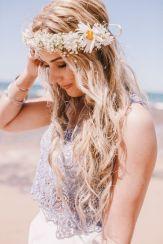 coiffure-mariage-cheveux-longs-fleurs