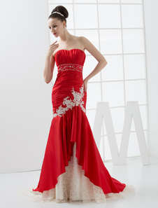 Glamorous Red Taffeta Wedding Dress with Mermaid Sweetheart Neck Applique