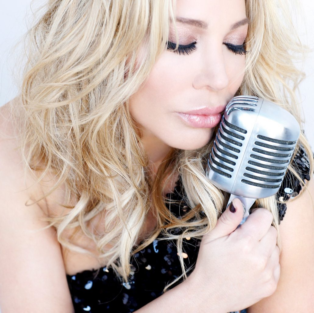 Taylor Dayne  MM Group Entertainment