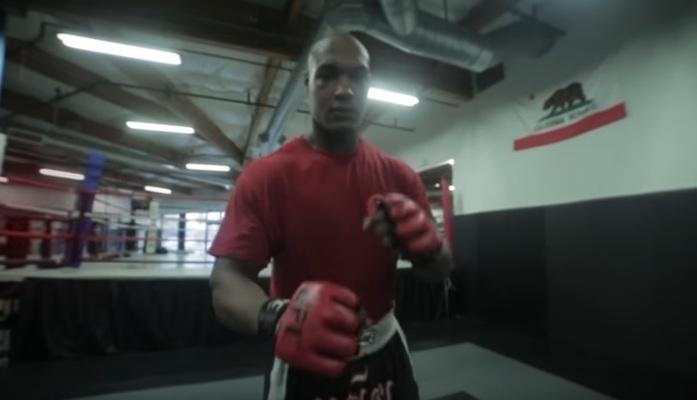 MMA: Drew Chatman flips off knocked-out opponent's back - Drew Chatman