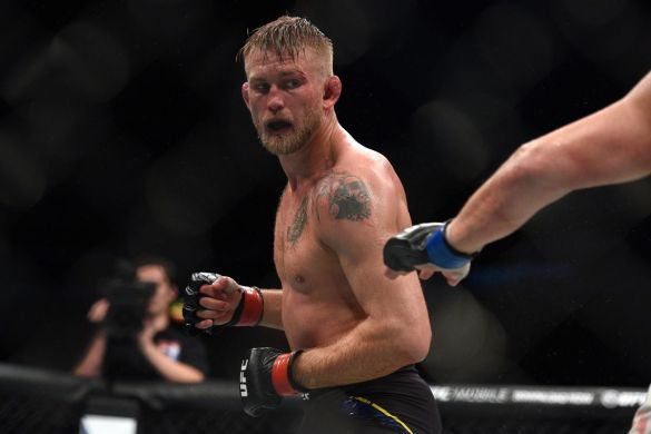 UFC: Alexander Gustafsson wants to chase DC even if it means moving to Heavyweight - Gustafsson