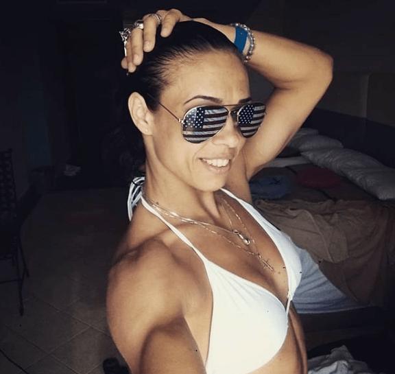 Photos - The Lena Ovchynnikova Story - Lena Ovchynnikova
