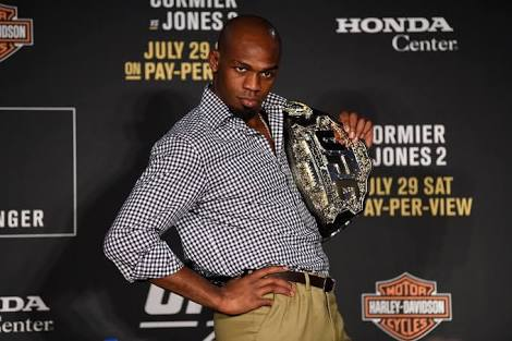UFC: Jon Jones tries to 'one-up' Felice Herrig in photoshoot! - Jon Jones