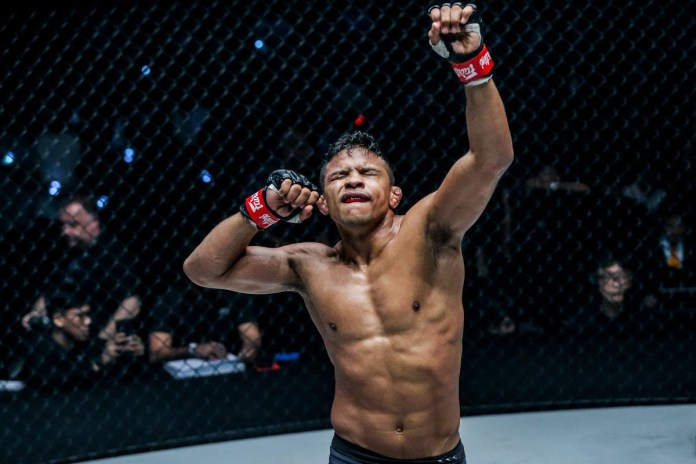 AUNG LA N SANG DELIVERS STUNNING TKO OF BRANDON VERA TO RETAIN ONE LIGHT HEAVYWEIGHT WORLD CHAMPIONSHIP - ONEChampionship