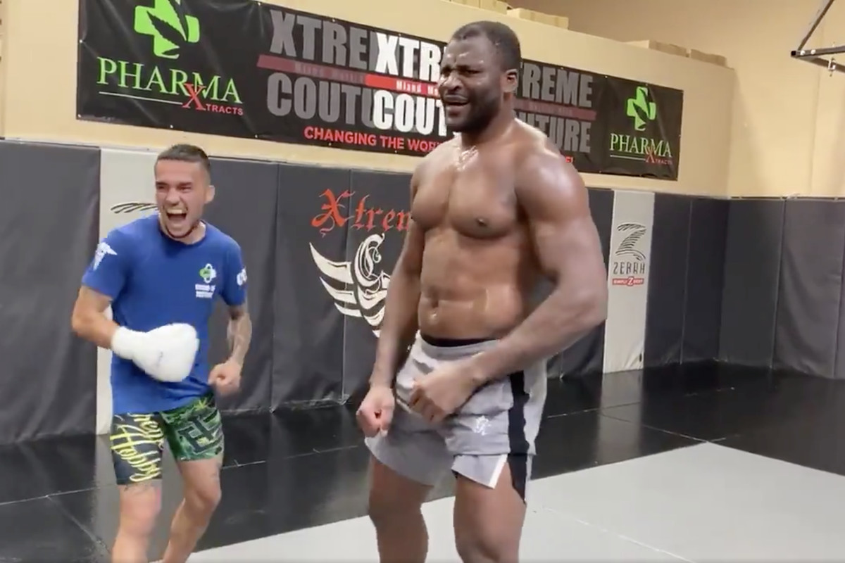 Francis Ngannou allowing sparring partner to punch him in his stomach is insane! - Francis Ngannou