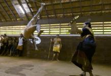 Are 74 de ani și este cea mai în vârstă practicantă de Kalari (VIDEO)