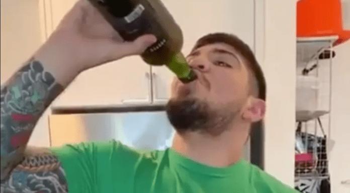 VIDEO. Dillon Danis, prietenul lui Conor McGregor, dă pe gât o sticlă întreagă de Proper Twelve whiskey