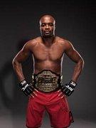 Anderson_Silva_UFC_still_180_33.jpg