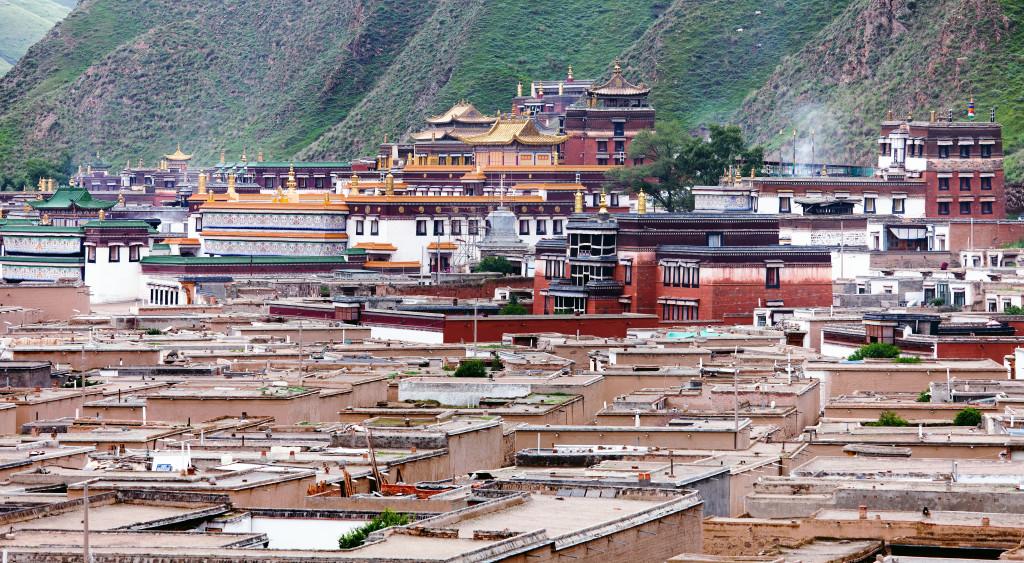 クンケン・ジャムヤンシェーパの創建したラブラン・タシキル僧院