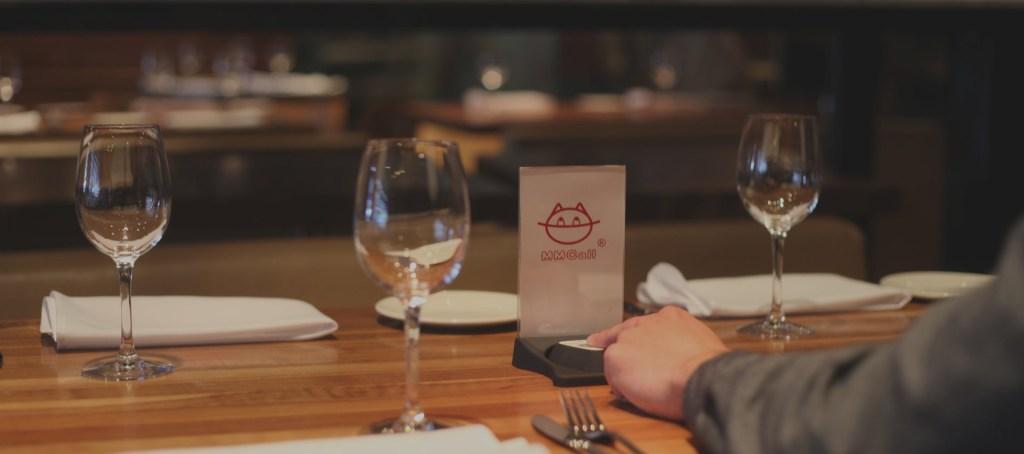 Bouton d'appel pour café et restaurant