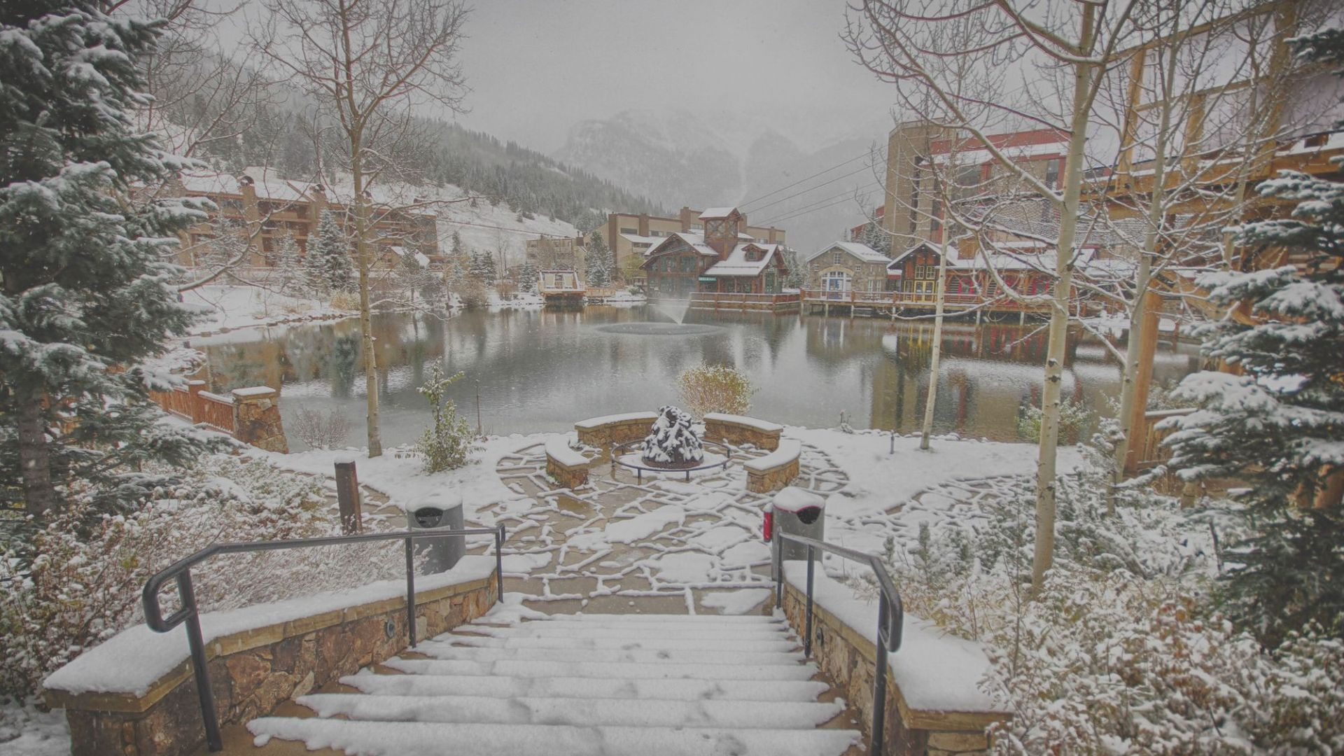 west_lake_snow_101212