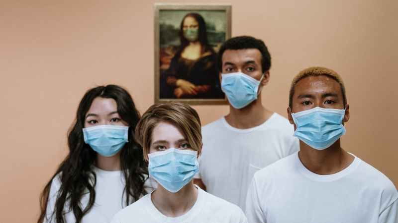 Communication Challenges and Covid-19: The case of the Face Mask