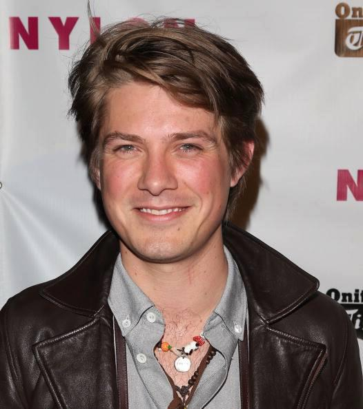 Taylor Hanson: As the middle brother I'm often peacemaker