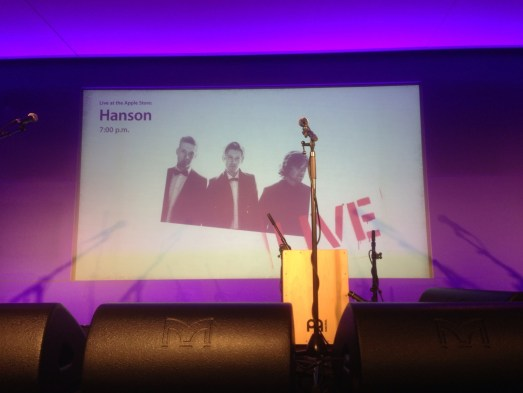 Hanson at Apple Store, London